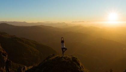 yoga les mariannes sunset